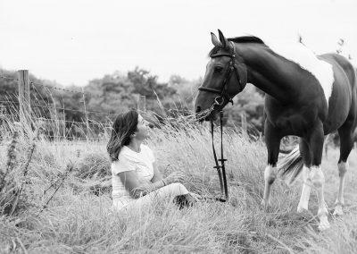 1200x800_voucher_horse_hound4
